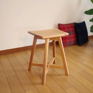 無垢材くるみのスツール nagomuku stool