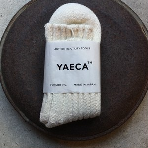 YAECA / ヤエカ COTTON/SILK SOCKS NATURAL