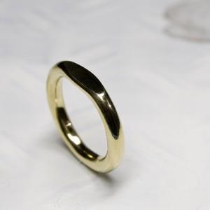 真鍮ワンポイント槌目ラウンドプレーンリング 3.0mm幅 鏡面 3号~27号|WKS ONEPOINT HAMMERED ROUND PLANE RING 3.0 bs mirror|FA-330