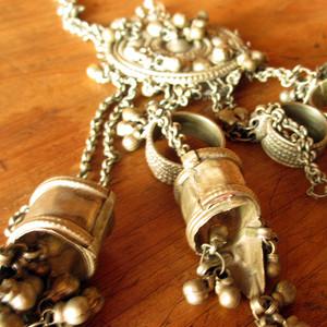 ラバリ族の結婚式の指輪