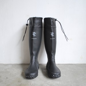 White Mountaineering PACKABLE RAIN BOOTS
