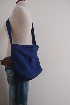 light shoulder bag (blue dur)