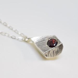 Meteorite(シルバー・スペサルティンガーネット)