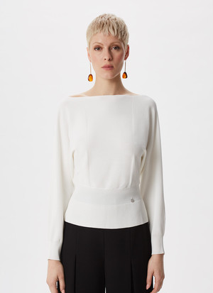 THICK STRETCH SWEATER WITH RIBBED WAIST