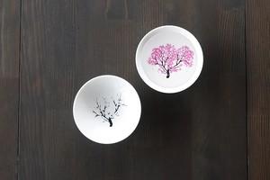 冷感桜 白平盃ペアセット|美濃焼、平盃、日本酒|丸モ高木陶器