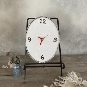 壁掛け時計 オフホワイトにブルー小花