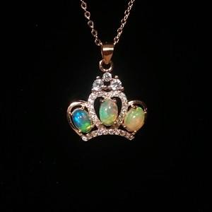 きれいな遊色!天然オパール 王冠モチーフネックレス