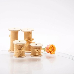 Gold Silk Ribbon(手染め手裂きタイプ) ■木製スプール付 シルクリボン ゴールド