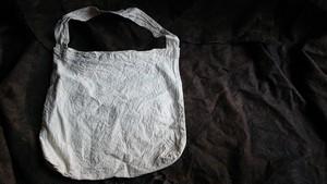 小さいワンショルダーエコバッグ 白染め(貝灰、ベンガラ)