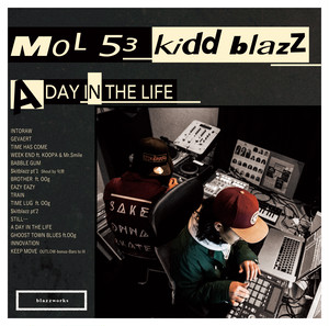 A DAY IN THE LIFE / LIVING MADE SLIDER / ALBUM / MOL53&kiddblazz