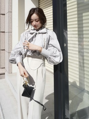 【予約】ribbon gather blouse / grey (5月上旬発送予定)