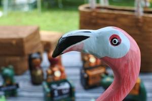 細かく手描きをした木彫りの鳥 フラミンゴ 30㎝