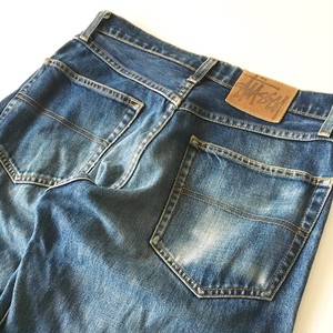 STUSSY : 5 pocket jeans / leather patch   (used)