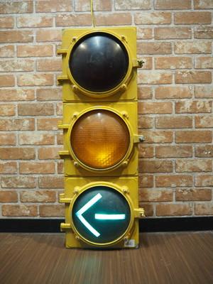 品番0386 信号機 / Signal
