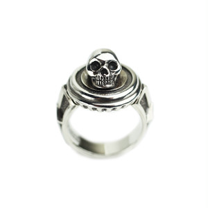 CONSIGLIERE/コンシリエーレ The Third Memento Mori Skull Ring