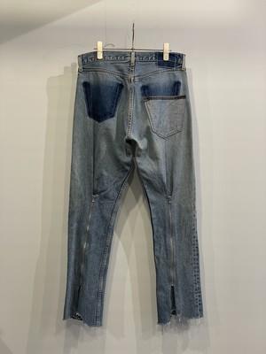TrAnsference back zip shaped denim pants - light indigo