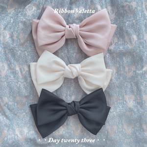 big ribbon hair clip