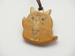 桂の猫ペンダント P1231