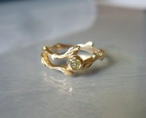 ローズカットダイヤと小枝の指輪