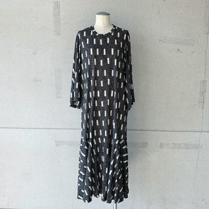 【HENRIK VIBSKOV】STREAM JERSEY DRESS /BLOCKS PRINT/No.49-21-B