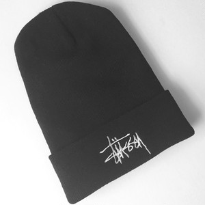 STUSSY : embroidery logo cuff beanie (used)