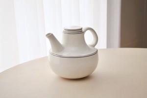 Gustavsberg Birka tea pot(Stig Lindberg)