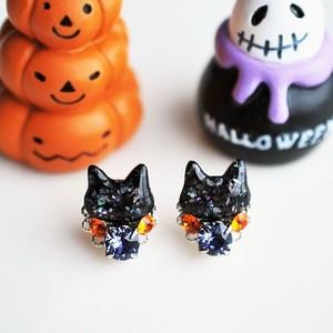 ◇ハロウィン◇黒猫とスワロビジューのピアス/イヤリング