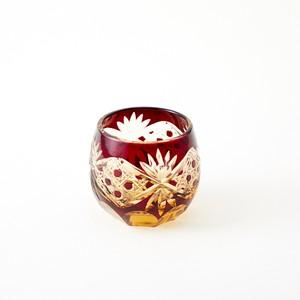 記念品 還暦祝いに江戸切子 琥珀色赤被せぐい吞