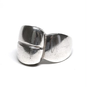 Old Renoma Modern Design Ring
