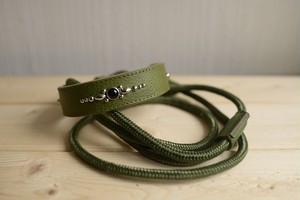 中型犬用のグリーン(緑)の牛革の首輪と、登山用ロープ(ザイル)リードのセット