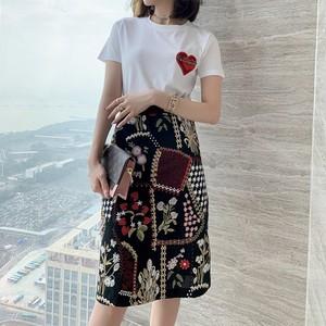 刺繍花柄スカート&Tシャツセット