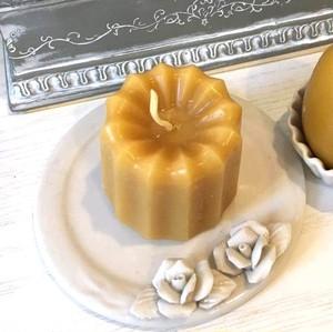蜜蝋キャンドル(カヌレ型)