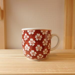 伊万里焼 是隆窯  マグカップ中  赤ダミ