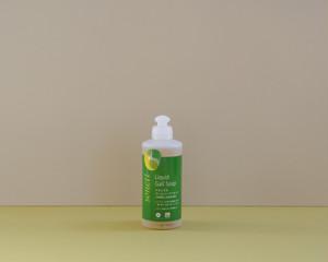 衣類用シミ抜き洗剤 - ナチュラルゴールソープリキッド
