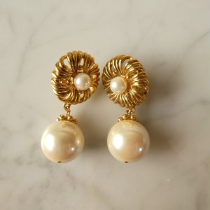 The Biarritz Royal Pearl Collection 8 9
