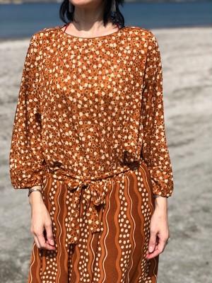dress / dot brown
