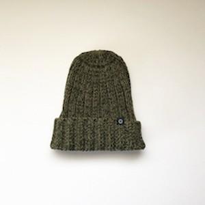 手横編機で作った ローゲージ ニット帽(カーキ)