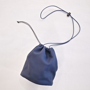 E R A. BUBBLE CALF P.E BAG