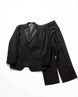 black tuxedo set-up