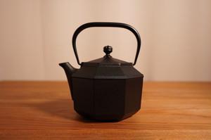 盛栄堂(OIGEN)八角鉄瓶