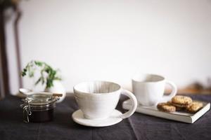陶器のコーヒードリッパー  2-4杯用 /  Ceramic Coffee Dripper for 2-4 cups