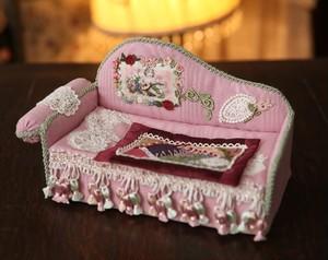K286 貴婦人のソファー型ティッシュケース