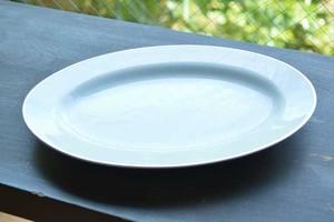 陶器・平皿(白)