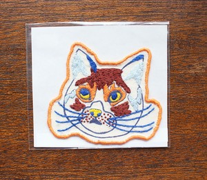 Masae Wada「猫のワッペン Orange / Brown」