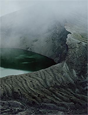 川島崇志(TAKASHI KAWASHIMA)Unfinished Topography / Collection  描きかけの地誌 / 蒐集