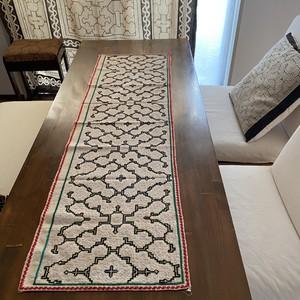 シピボ族の大刺繍 36x123cm テーブルランナー