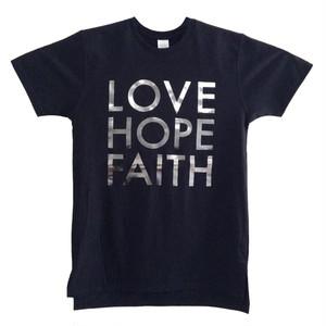 """ロング丈Tシャツ """"LOVE HOPE FAITH"""""""