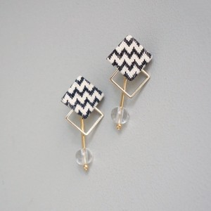 pierced earrings B-P07/earrings B-E07