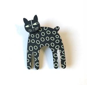 K-Formブローチ(立ってる猫:モノトーン)