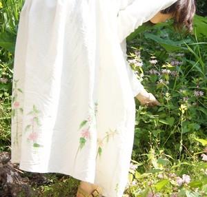 まとう絵『踊り子草は夢を見る』